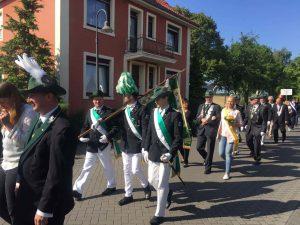 2017 LBZ Horstmar Marsch mit Fahne